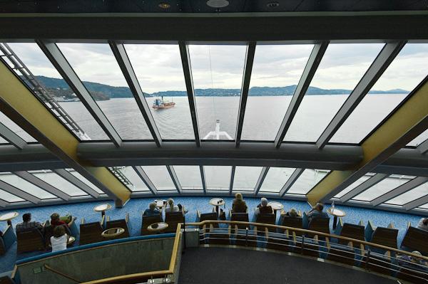 Blick aus dem Hurtigrutenschiff