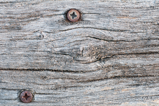Altes Holz und rostige Nägel