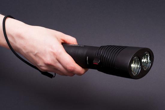 LED LENSER X14 liegt hervorragend in der Hand