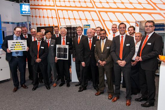 Gruppenfoto Lapp Kabel auf der Intersolar 2012 in München