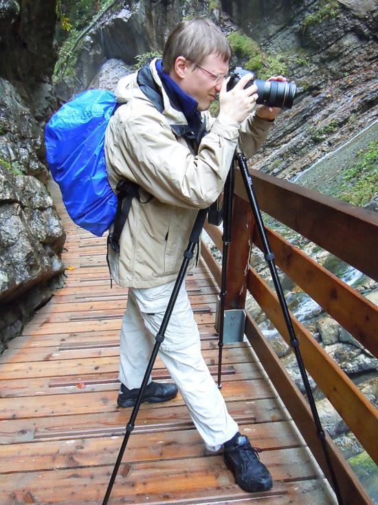 Fotograf beim Regen in der Wimbachklamm
