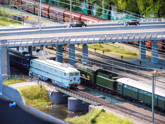 Modeleisenbahn auf der Messe in Stuttgart