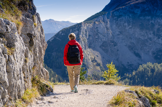 Wanderin in den Bergen