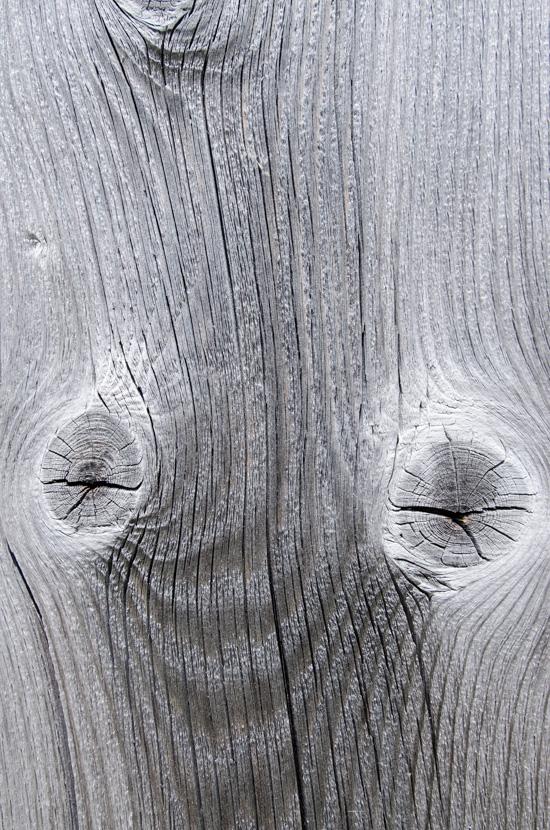 Grau sonnengegbleichtes Holz