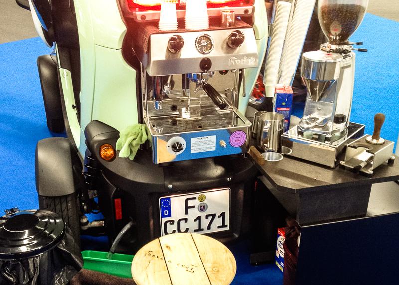 Renault Twizzy mit eingebauter Espresso-Maschine