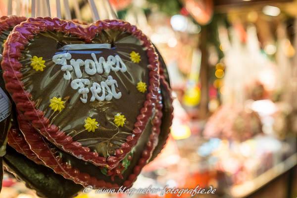 Frohes Fest Herz aus Lebkuchen
