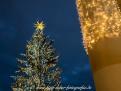 Weihnachtsbaum mit Lichterketten