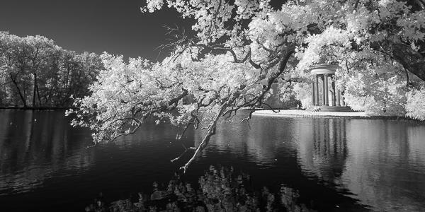 Apollotempel am Badenburger See - Nymphenburg München - Infrarotfotografie